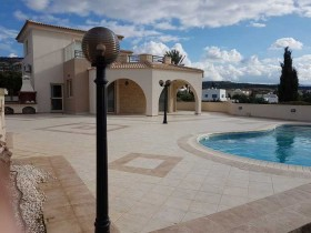 Cyprus property for sale in Sea Caves, Paphos