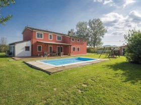 Italy property for sale in Chiesina Uzzanese, Tuscany