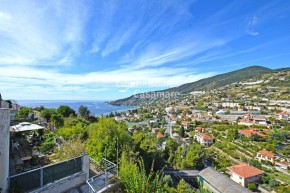 Italy property for sale in Ospedaletti, Liguria