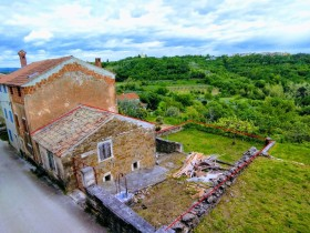 Croatia property for sale in Momjan, Istria