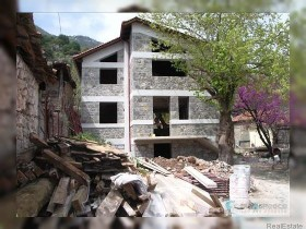 Greece property for sale in Parnassos, Mainland