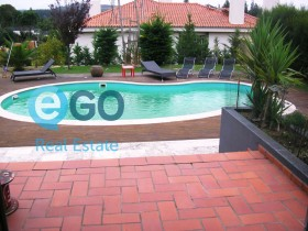 Portugal property for sale in Rio De Mouro, Lisboa-Tagus Valley