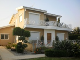 Cyprus property for sale in Pano Polemidia, Limassol