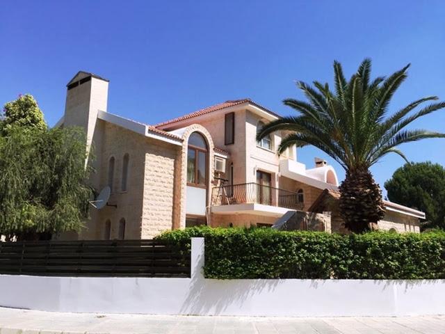 Villen-Häuser zum kauf in Nicosia