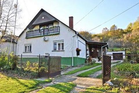 Villen-Häuser zum kauf in Banokszentgyorgy