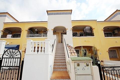 Huizen-Villa te koop in Orihuela Costa