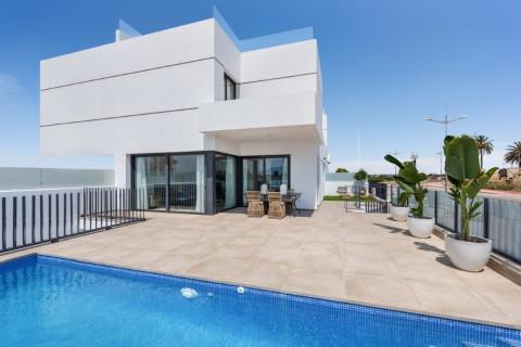 Huizen-Villa te koop in Dolores