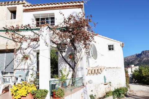 Appartement te koop in Tabena