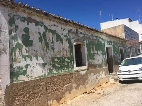Villa-Maison à vendre en Mexilhoeira Grande