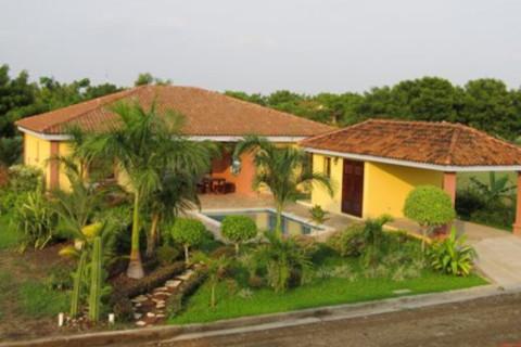 Nicaragua  en Managua, Villa-Del-Carmen