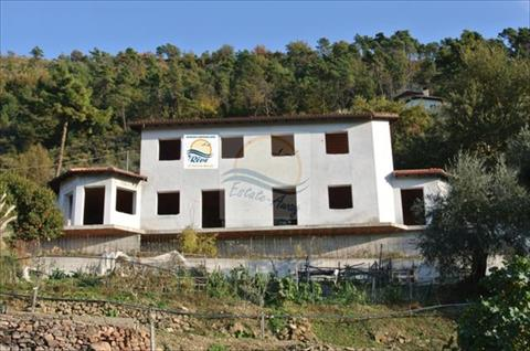 Italy property for sale in Soldano, Liguria